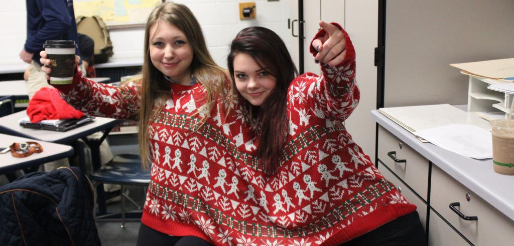 Ugly+sweaters+bring+holiday+spirit