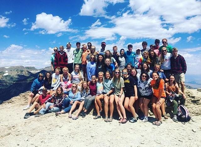 Annie Penland poses with her group on their western trip