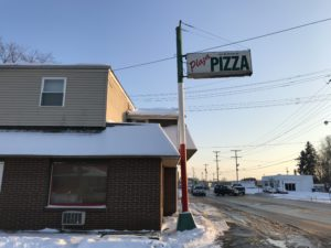 Pizza Review: Plaza Pizza is one of the best