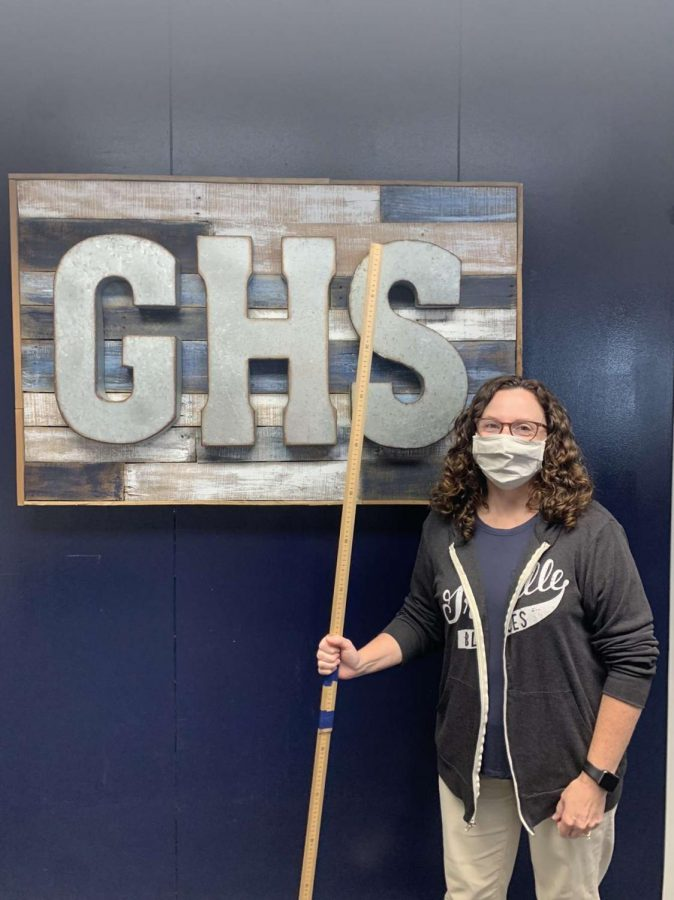 """This is school Nurse Varrasso working on contact tracing. The quarantine stick is used to classify which students are within six feet of a student who has tested positive. """"The two ways to escape quarantine are to wear a mask or be vaccinated"""" GHS Principle Durst said."""