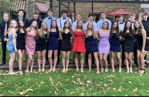 Freshman celebrate Homecoming last year by putting together a Foco  they got dressed up and went out to dinner, since there was no dance. Photo courtesy of Alyvia Kato.